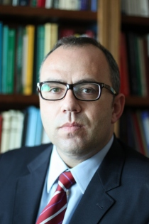 Humberto Ávila